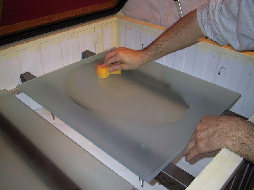 Étendage de couche adhésive (sous-couche)